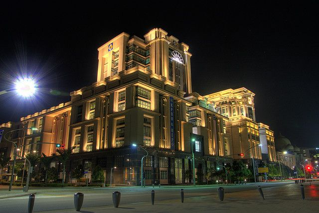 edifício angular