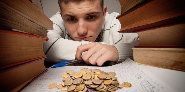 8 Maneiras de economizar dinheiro quando ir para a faculdade
