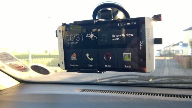 muo-android-NFC-car