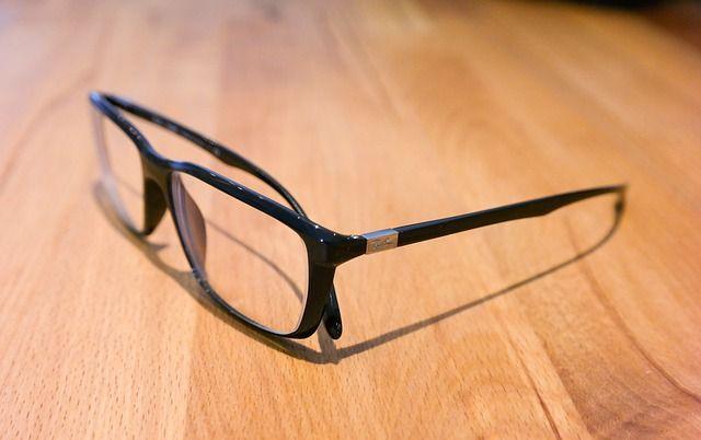 óculos 543117_640