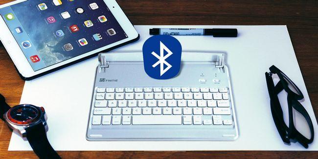 É aqui porque seu ipad precisa de um teclado bluetooth