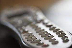 Lembre-se de trazer o seu Comcast remoto de volta para um centro de serviço quando você`re returning all of your cable equipment.