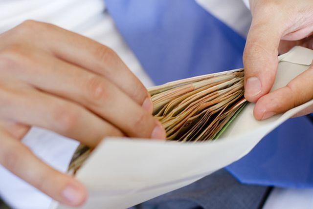 dinheiro-em-envelope