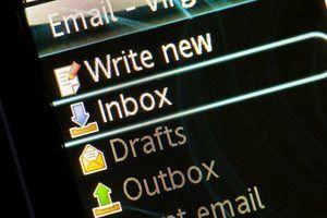 Depois de lançar seu navegador, você pode abrir o seu serviço de e-mail.