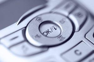 Digite um código de bloqueio para manter seu telefone seguro contra uso não autorizado.