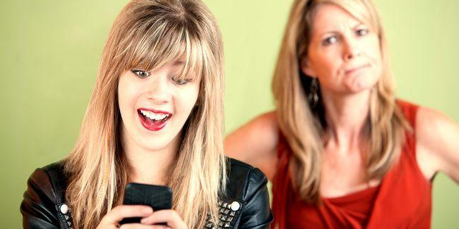 Pais e adolescentes não entende internets uns dos outros