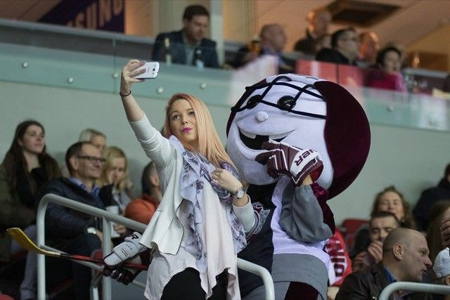 telefone-sports-fan