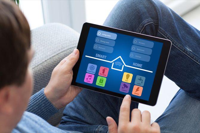 tablet controle de casa inteligente
