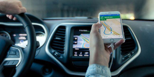 Smartphone vs sat nav: você deve comprar um dispositivo gps dedicado?