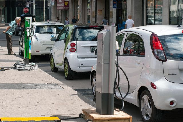 Ride_and_Drive_EVs_Plug`n_Drive_Ontario