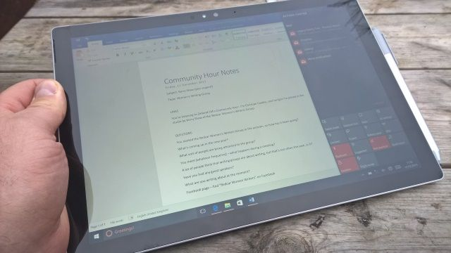 MUO-reviews-surfacepro4-tablet