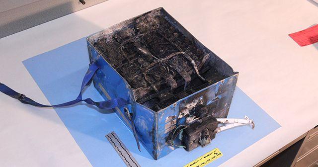 Queimado Li-Ion Battery do Boeing 787 da Japan Airlines