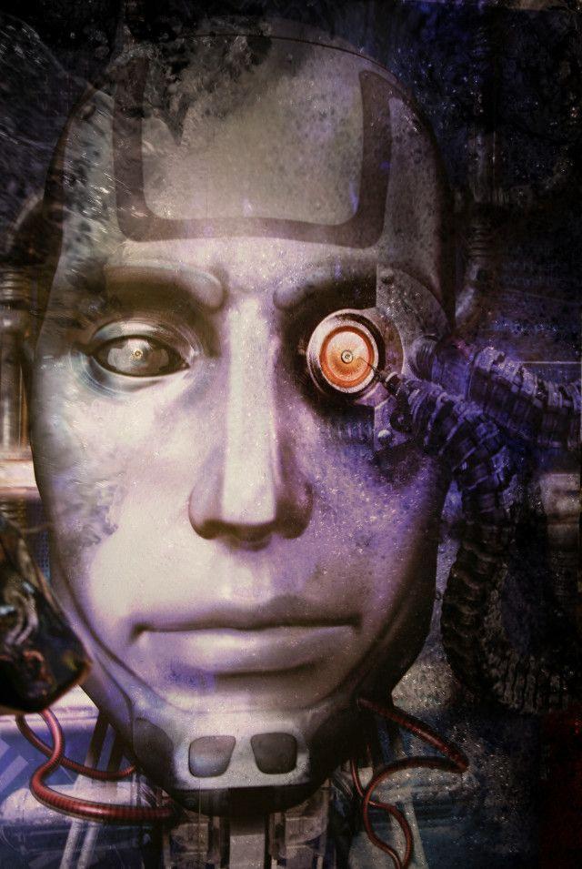 robô assustador