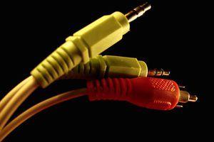 Use cabo de áudio coaxial para conectar o seu CD ou DVD player para o seu sistema de som.